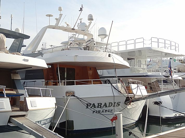 Paradis in Piraeus