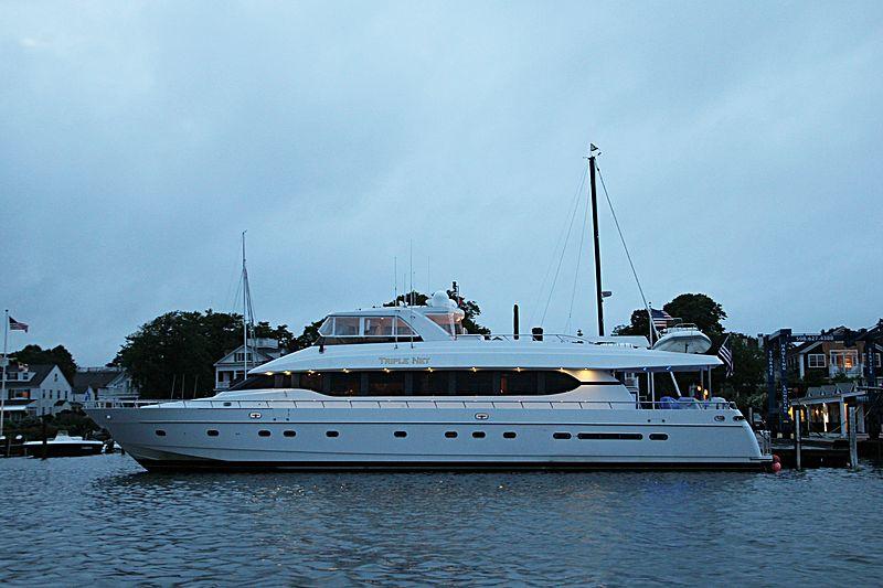TRIPLE NET  yacht Monte Fino