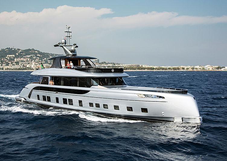 JAABER yacht Dynamiq