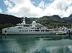 Um Alhoul Fast Dive Vessel in Seychelles