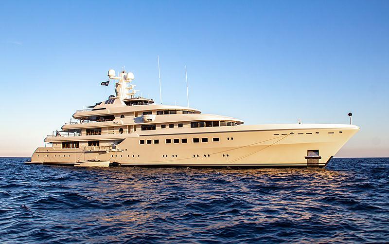 Kibo at anchor in Monaco