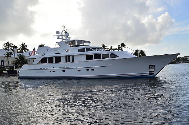 RAISING DOUGH yacht Burger Boat Company