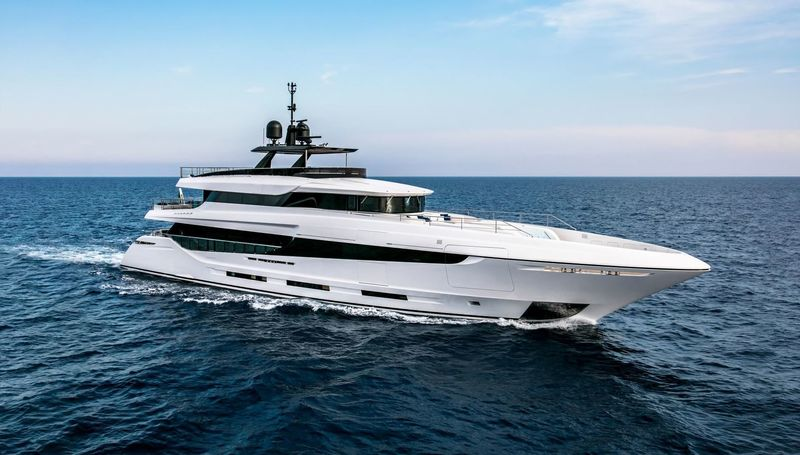 NAMASTE yacht Overmarine