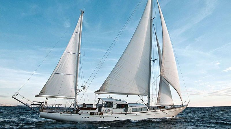 LAMADINE yacht Camper & Nicholsons Shipyard