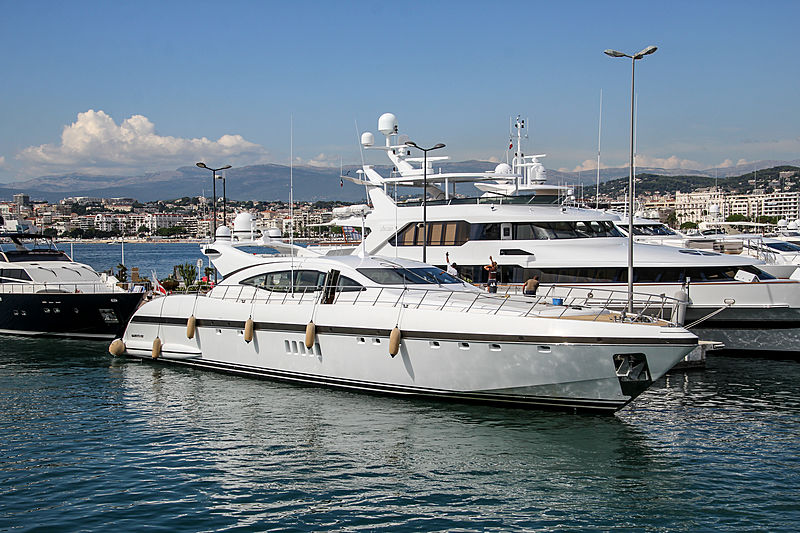Hercules I yacht in Cannes