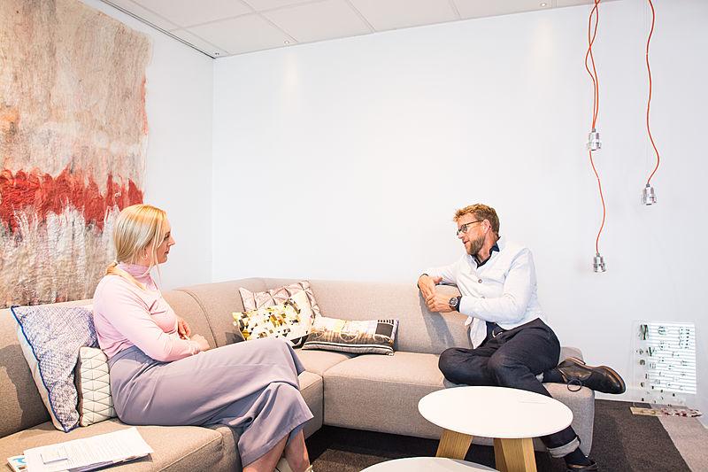 SYT's Laura Nicholls and Bart Bouwhuis at Vripack