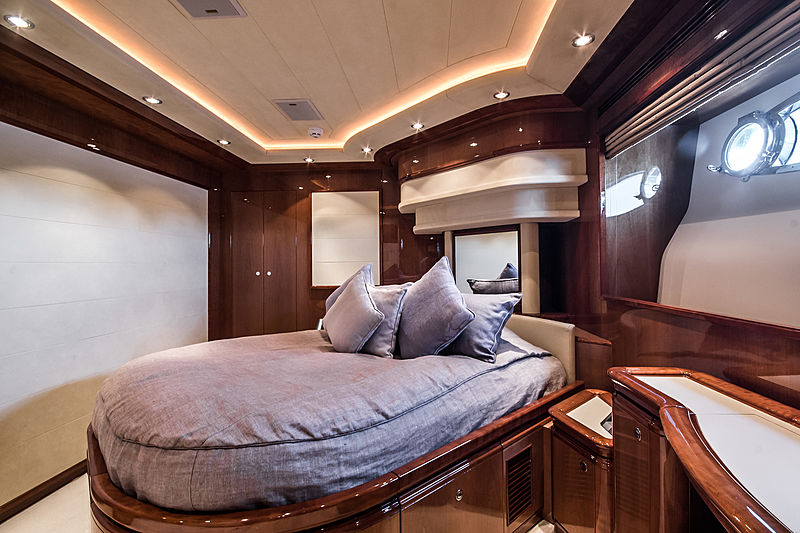 Queen of Sheba yacht stateroom