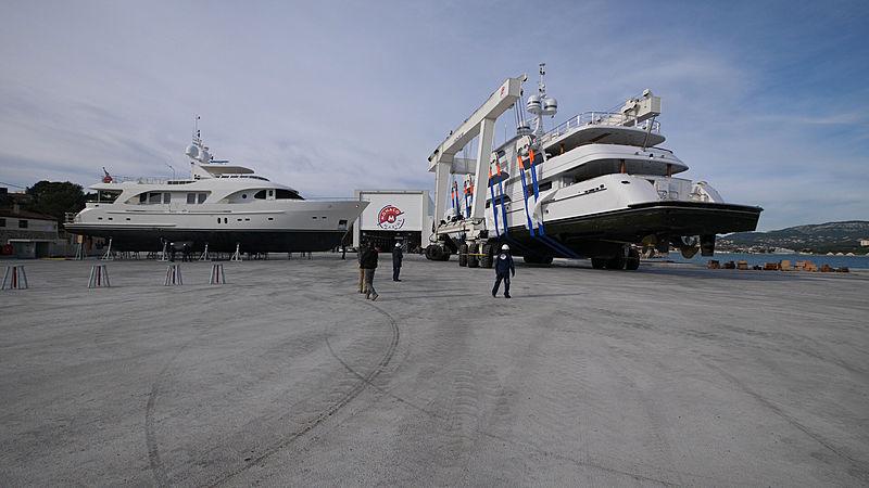 Keri Lee III superyacht in refit at Monaco Marine shipyard La Seyne-Toulon