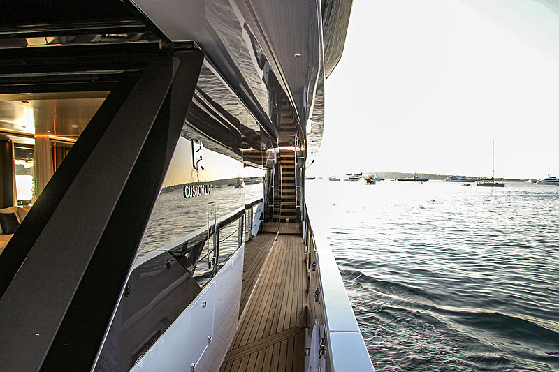 O yacht in Cannes