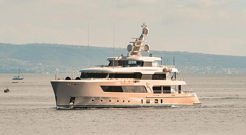 Samaya motor yacht by Feadship arriving in San Diego
