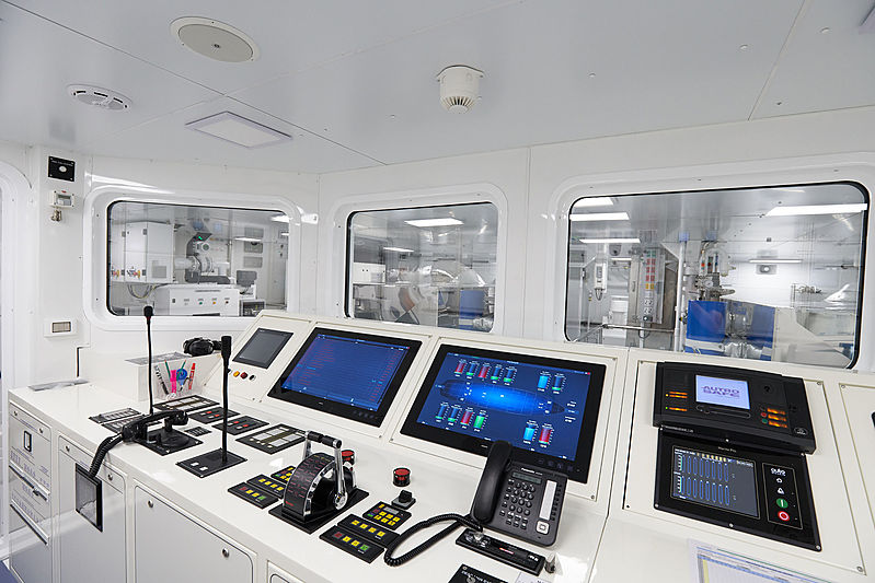 Solo yacht engine room