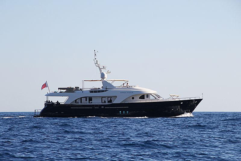 ETOILE D'AZUR yacht Moonen