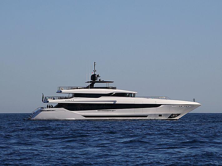 Mangusta Oceano 43/03 yacht off Monaco