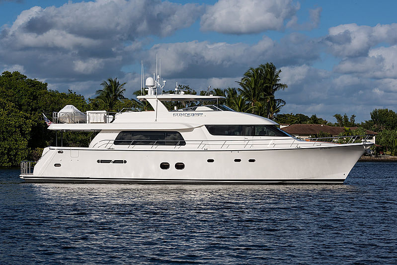 Pacific Mariner 85 yacht Sunquest