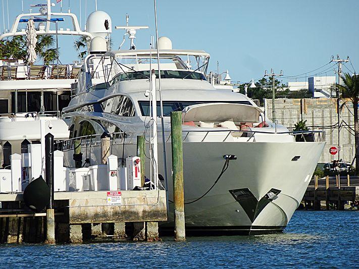 Negoseator yacht in Miami Beach