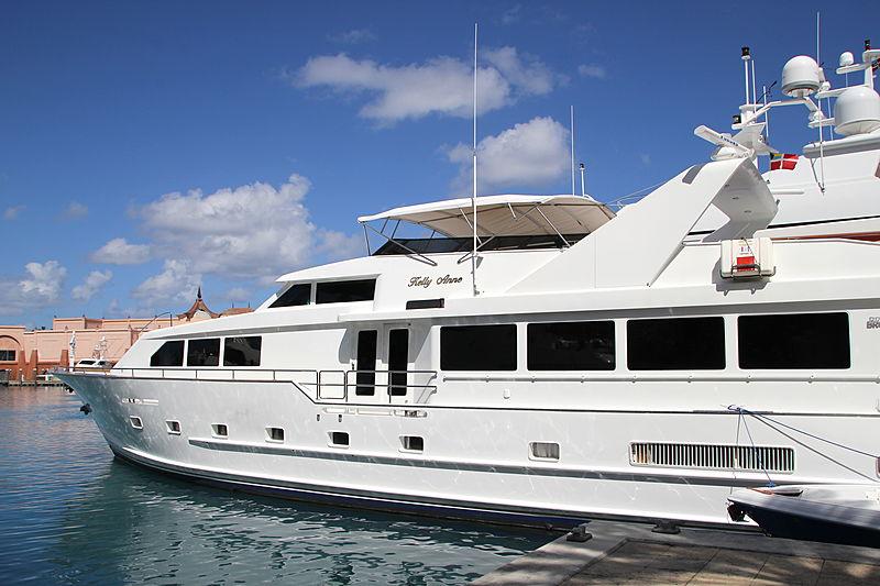 Kelly Anne yacht in Nassau Bahamas