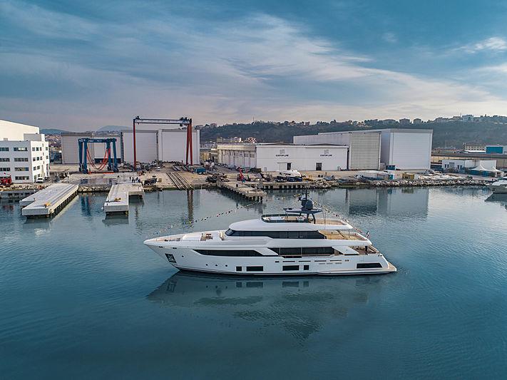 Custom Line Dilly Dally yacht in Ancona
