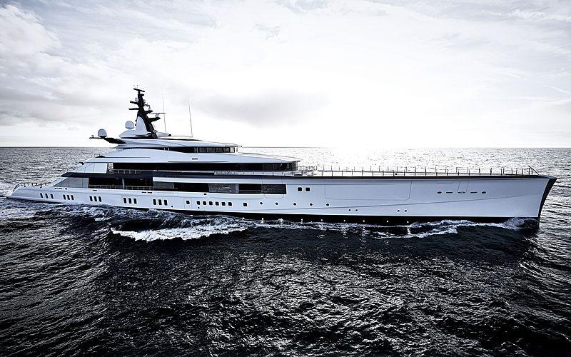 Bravo Eugenia yacht cruising