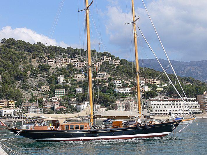 ASCHANTI IV OF VEGESACK yacht Burmester