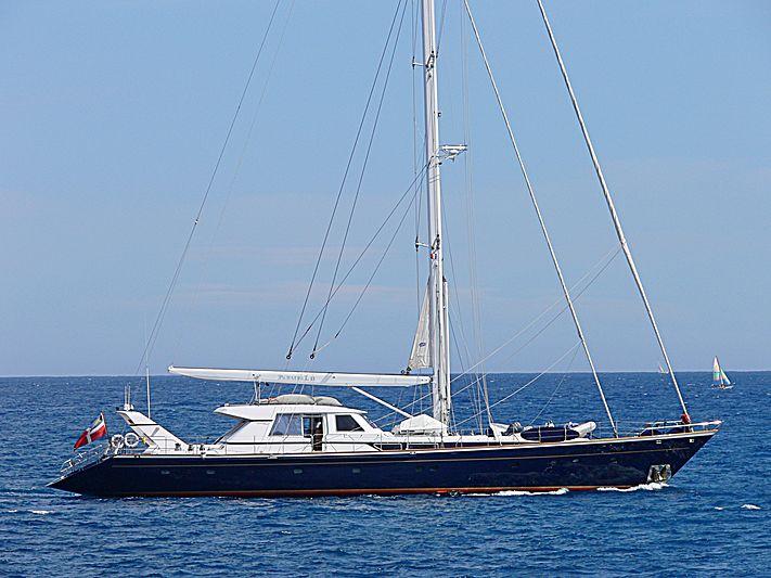Parsial II yacht cruising off Antibes