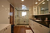Meteor yacht bathroom