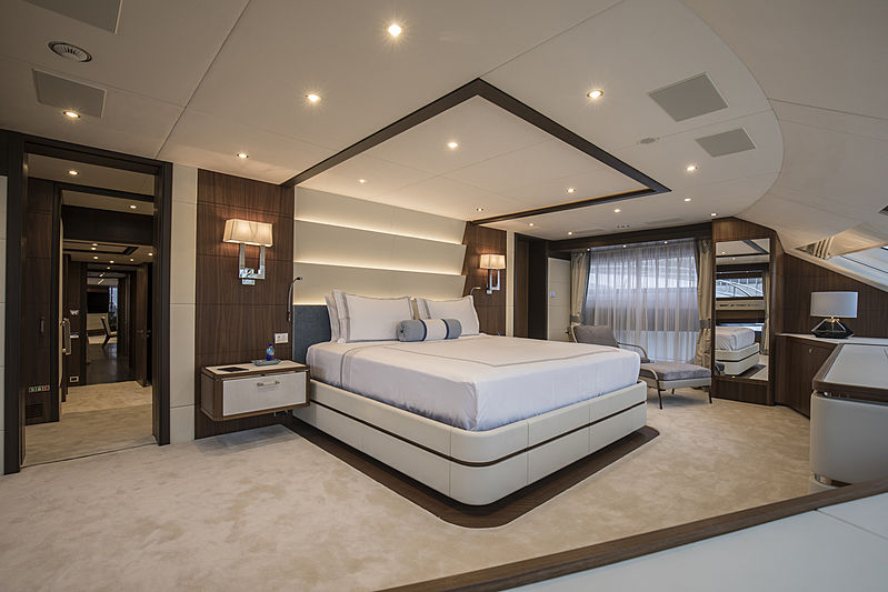 Skyler yacht master cabin