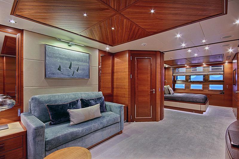 Balista yacht stateroom
