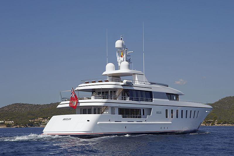 Helix yacht