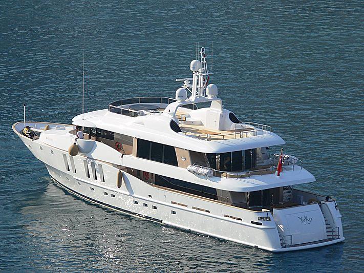 Yuko yacht leaving Monaco