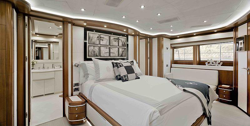 Bunker yacht master stateroom