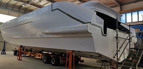 Amer Cento 100/16 in build in Sanremo
