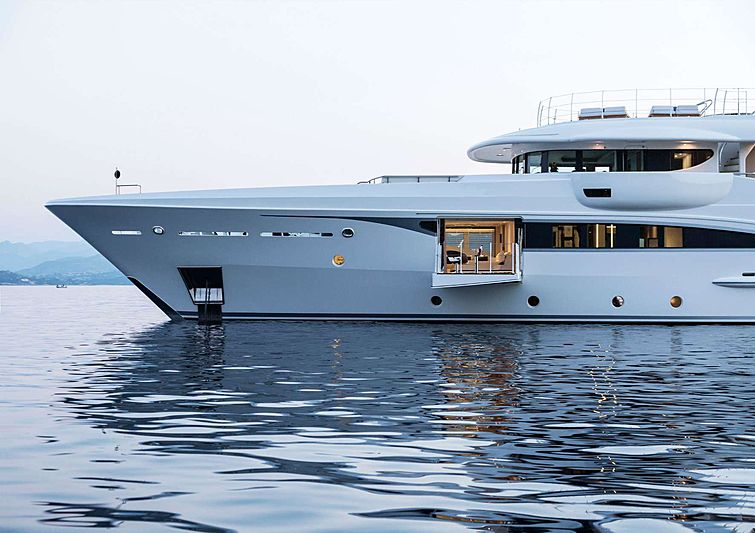 Kamalaya yacht anchored