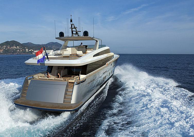 Jangada 2 yacht exterior design