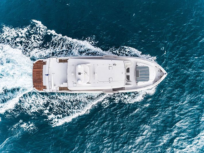 Horizon FD87/03 yacht aerial