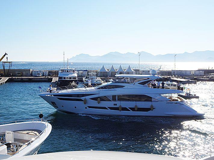 Duchessa yacht in Cannes
