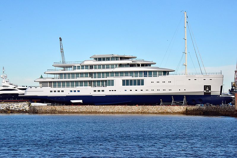 100m+ Benetti yacht FB272