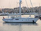 Diamond For Ever yacht leaving Antibes