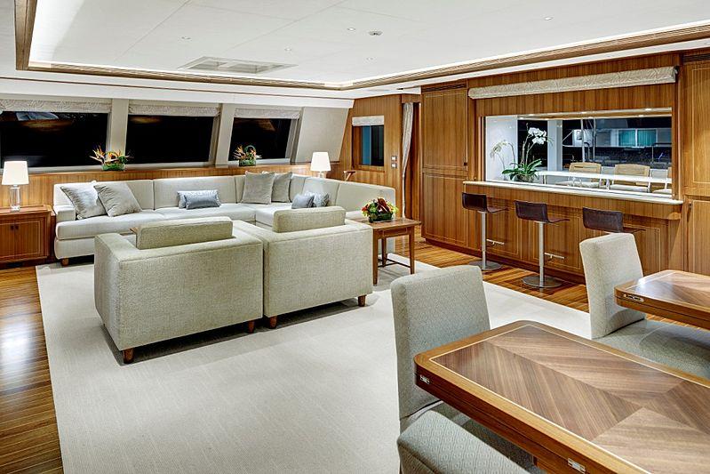 Quintessential yacht saloon