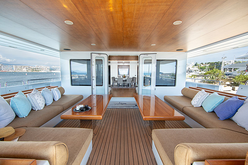 Preference yacht main aft deck