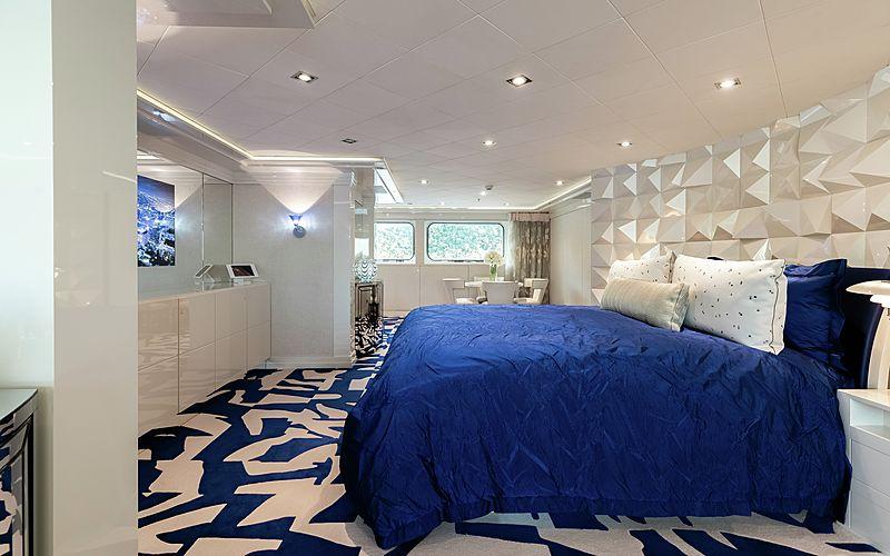 Secret yacht guests's cabin