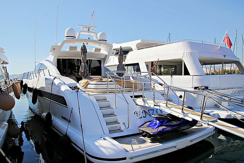 ENZO  yacht Overmarine