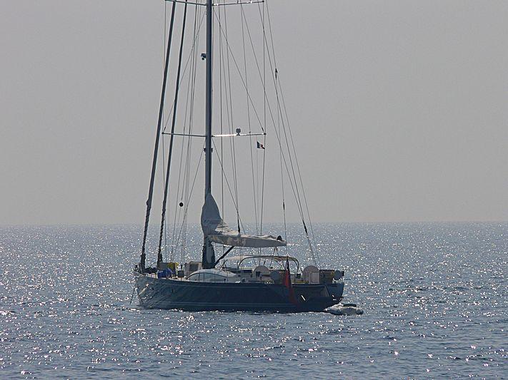 Hamilton II yacht anchored off Antibes