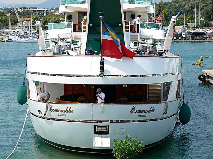 Esmeralda yacht arriving at the International Yacht Club d'Antibe