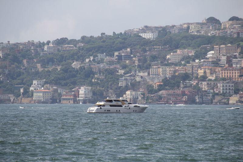 Vela in Naples