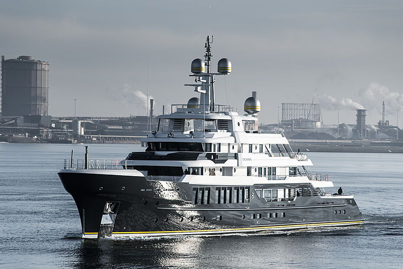 Yacht Scout by Hakvoort on sea trials
