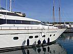 Bojangles Yacht 2004