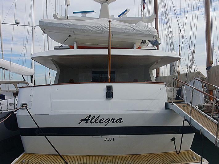 Allegra yacht in Antibes