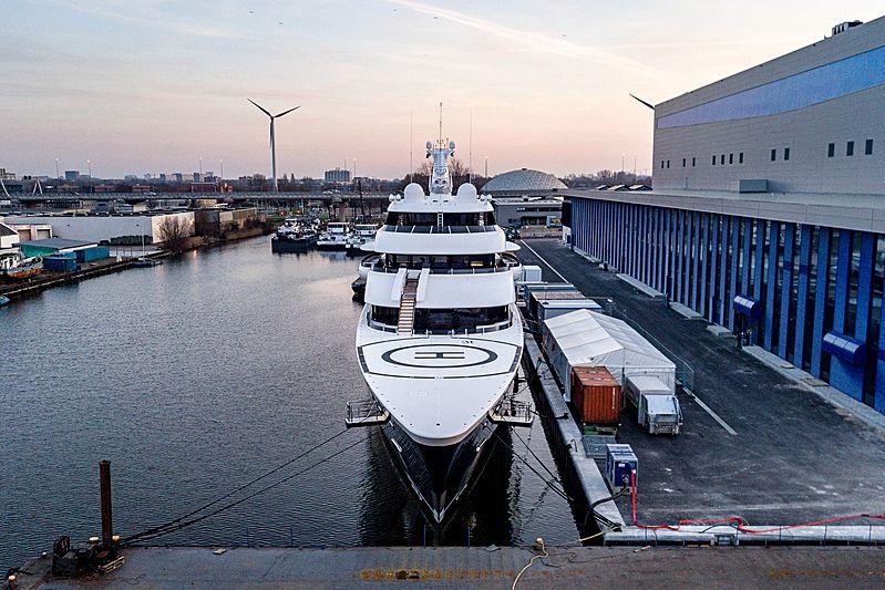 Symphony yacht in Amsterdam