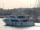 Andiamo yacht arriving in Antibes
