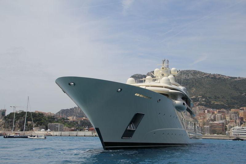 Ona in Monaco